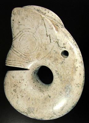河北省博物馆和考古研究所馆藏仅有的两件玉猪龙!图片