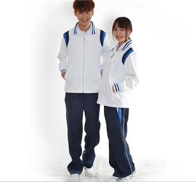 中学生校服图片
