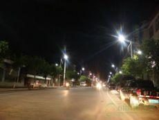 湘西土家族自治区漠沙镇安装太阳能路灯点亮